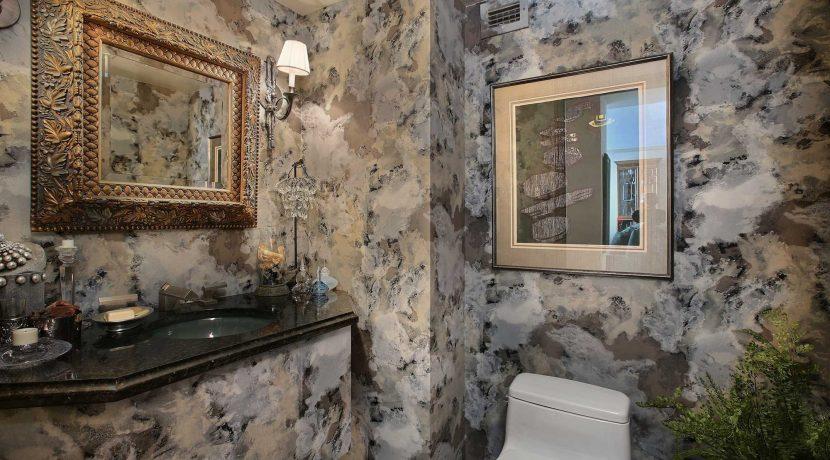 Powder-Bathroom