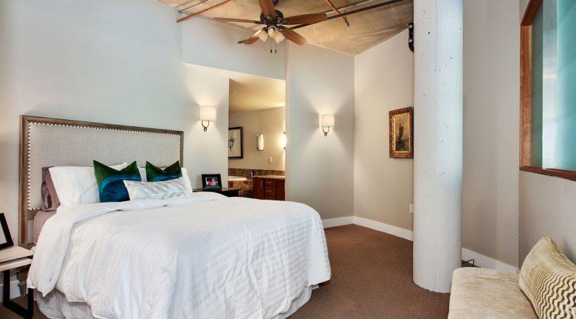Master-Bedroom-2-web
