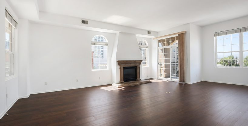 Condo for lease at Trieste