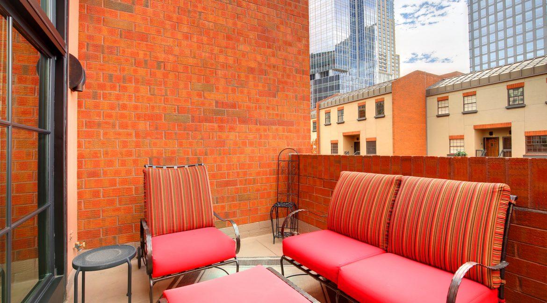 Balcony-3_MLS