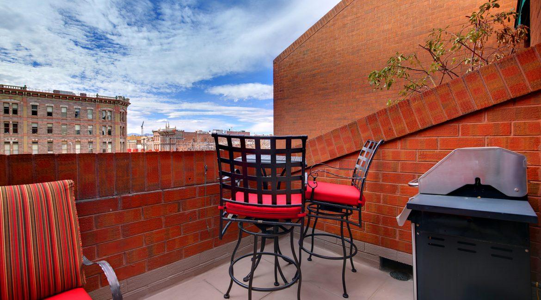 Balcony-4_MLS