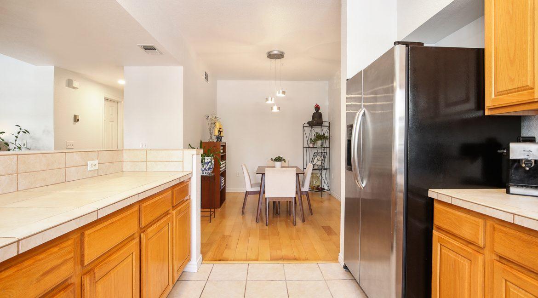 Kitchen_Dining_MLS
