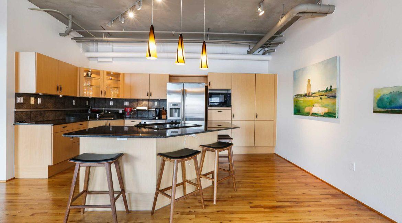 Kitchen_fixed-wall-web