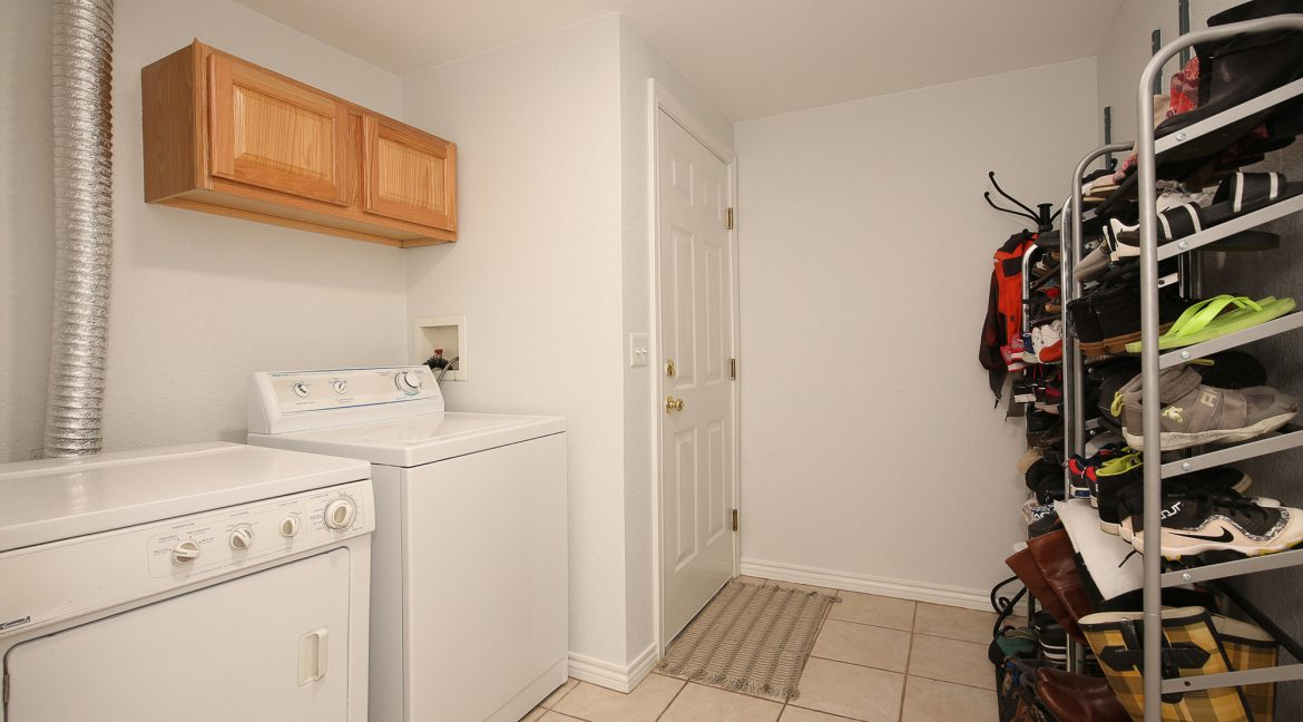 Laundry-and-Storage_MLS