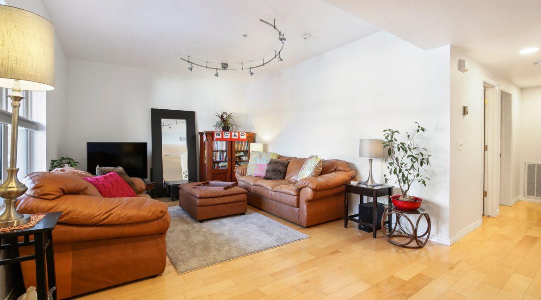 Living-Room_Entry_MLS