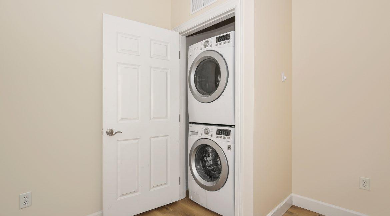 Laundry_MLS