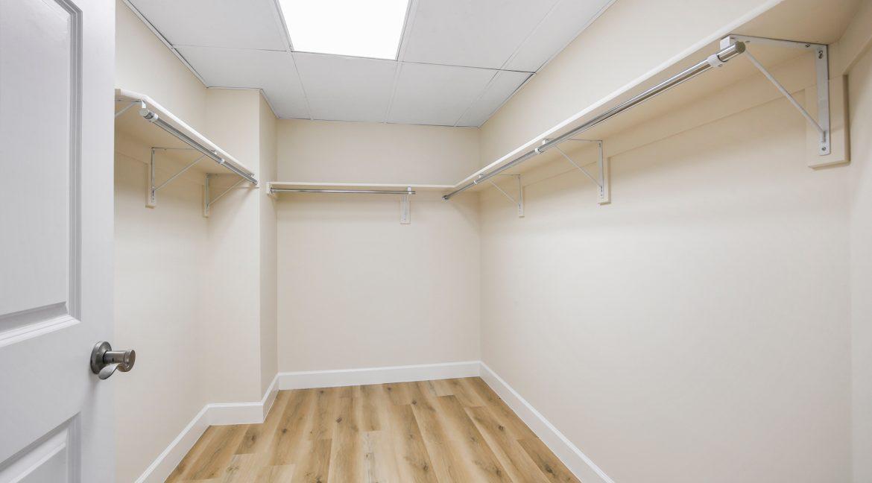 Master-Closet_MLS