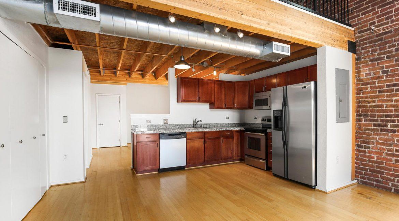 Kitchen-4_MLS_